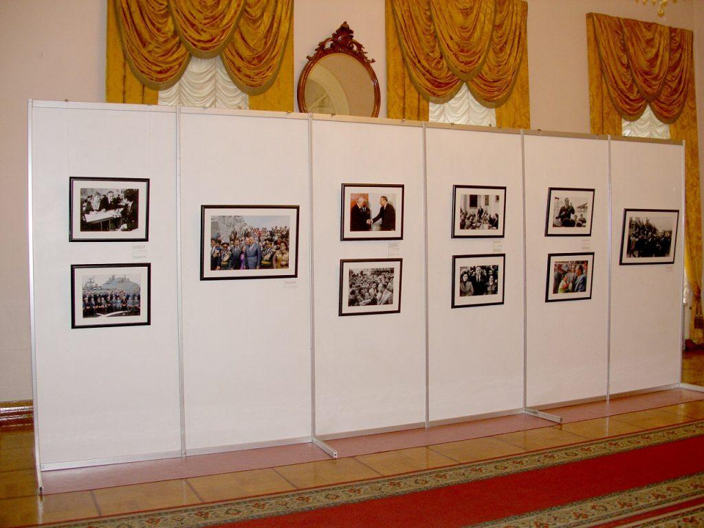 Стенд на Вечер памяти Гейдара Алиева
