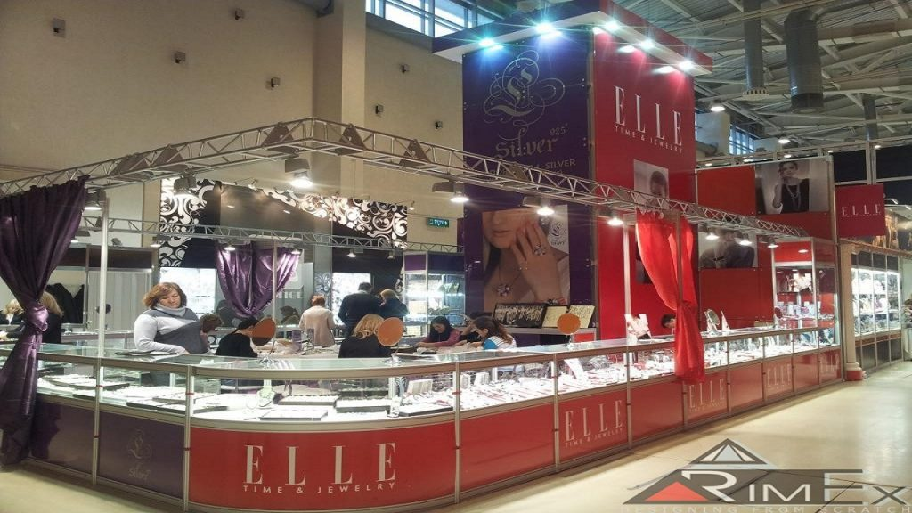 Многоразовый стенд для ELLE