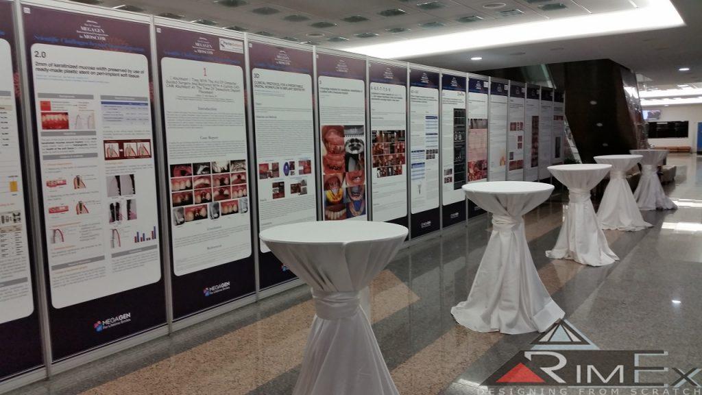 Медицинская выставка фуршет стены с оклейкой октанорм